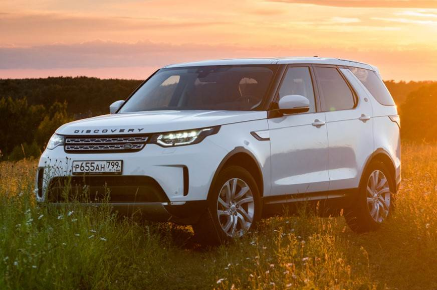 Land Rover Discovery with 2.0-litre diesel engine launche...