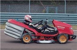 Honda Mean Mower sets new Guinness World Record
