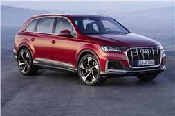 Audi Q7 facelift revealed