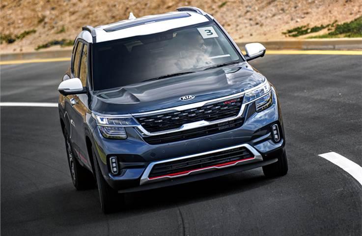 2019 Kia Seltos prototype review, track drive