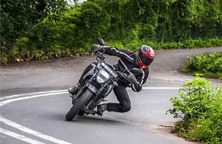Suzuki Gixxer 250 review, test ride