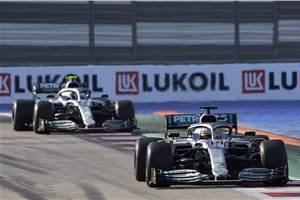 Hamilton wins 2019 Russian GP as Ferrari hits trouble