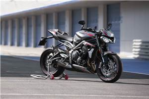 2020 Triumph Street Triple RS unveiled