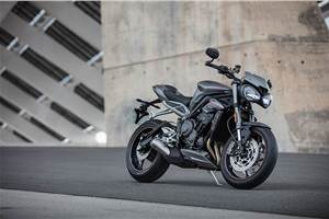 Triumph Street Triple RS available with benefits of up to Rs 1.59 lakh