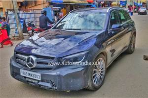 Mercedes-Benz GLC facelift spied testing in India