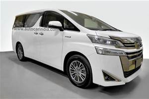 India-spec Toyota Vellfire: A close look