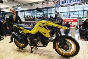 2020 Suzuki V-Strom 1050 and V-Strom 1050 XT officially unveiled at EICMA 2019