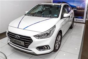 Up to Rs 2.65 lakh off on Hyundai Tucson, Grand i10, i20, Santro and more
