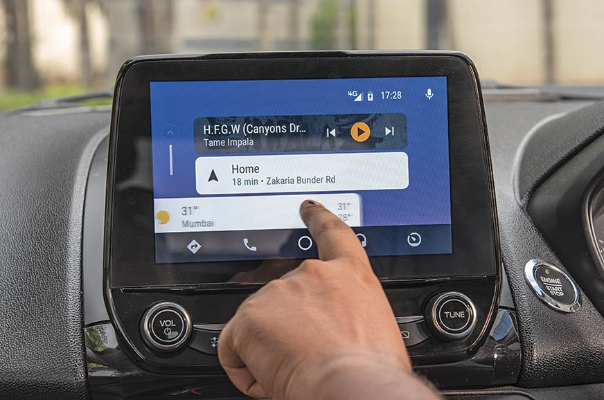 QUICK SLICK: 8.0-inch touchscreen works like a charm. Pit...