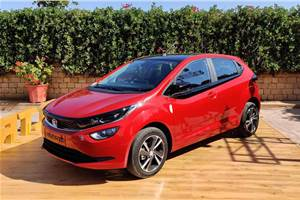 Production-spec Tata Altroz revealed