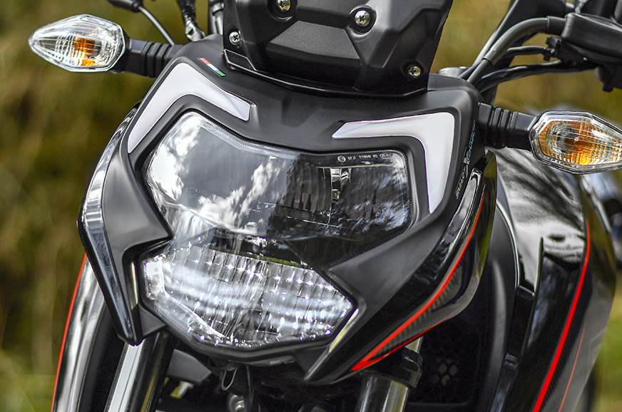 TVS Apache RTR 200 4V Side Indicators