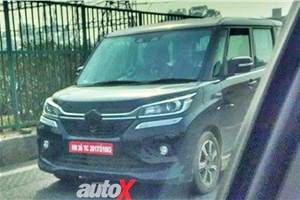 Suzuki Solio Bandit compact MPV spied in India