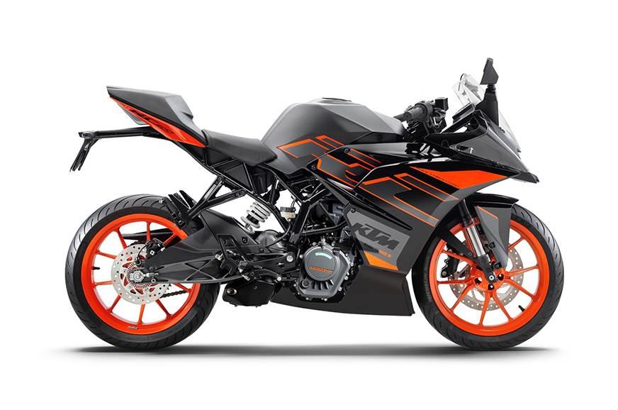 2020 KTM RC 200.