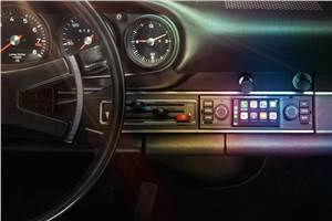 Porsche introduces modern infotainment upgrades for classic 911s