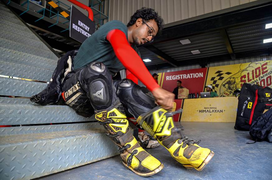 Race leathers and MX boots: I felt overdressed...