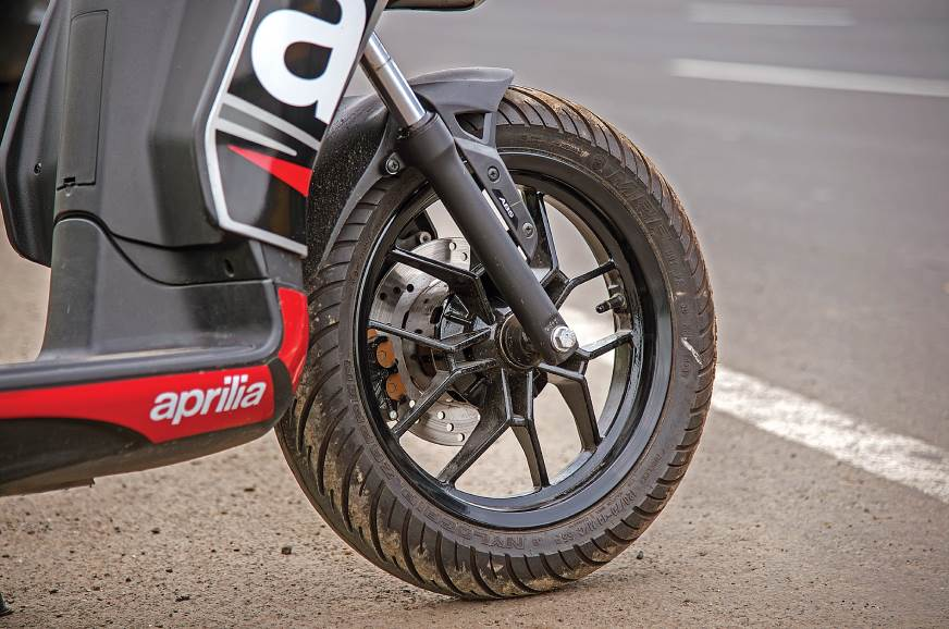 MRF Nylogrip Zappers offer good grip and feedback, even o...