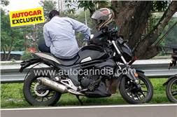 BS6 Mahindra Mojo 300 spotted testing for the first time