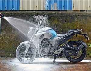 How to correctly clean your two-wheeler