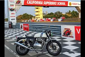 Royal Enfield Interceptor, Continental GT 650 at California Superbike School