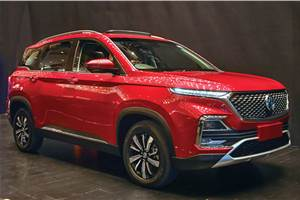 Buying a new SUV with a 25 lakh budget