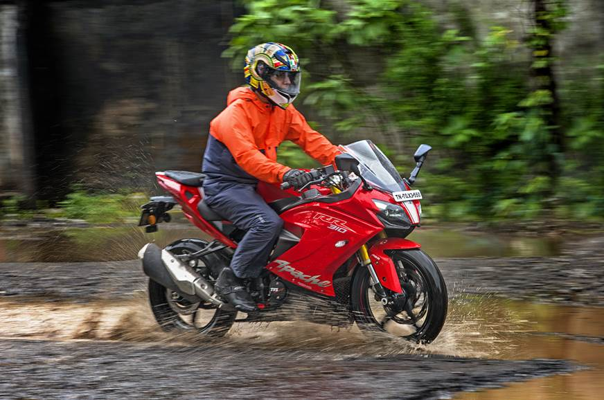Essential tips for riding during monsoons