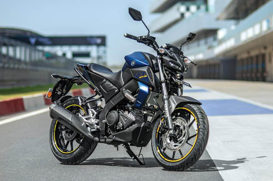 At Rs 1.36 lakh, the MT-15 is only Rs 3,000 cheaper than the YZF-R15 V3.0
