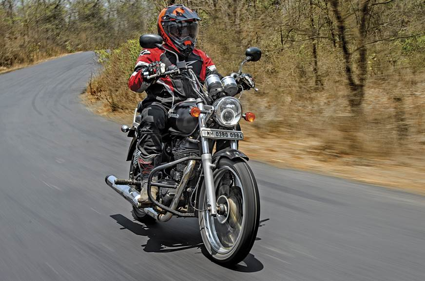 Choosing between a Royal Enfield Thunderbird and UM Renegade Commando