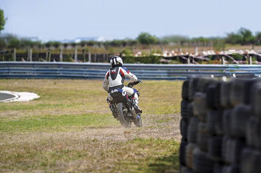 TVS-Race-2