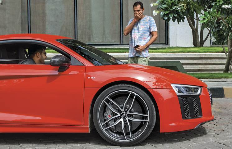 Supercar taxi: We join the Uber fleet in an Audi R8