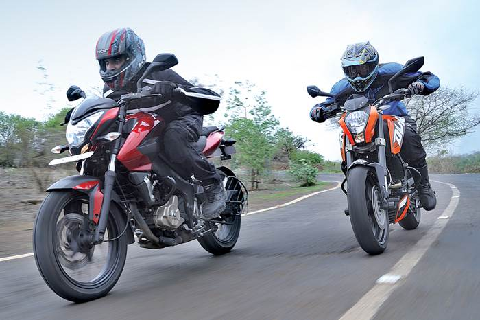 Bajaj Pulsar 200NS Vs KTM 200 Duke