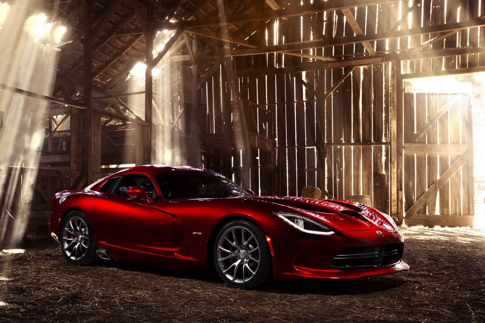 SRT Viper GTS revealed