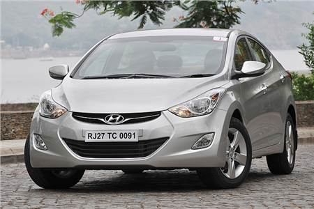 New Hyundai Elantra 2012 photos