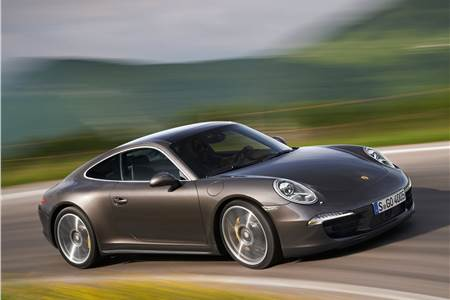 New Porsche 911 Carerra 4
