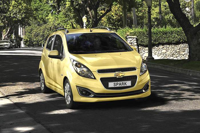 Chevrolet Beat facelift photo gallery