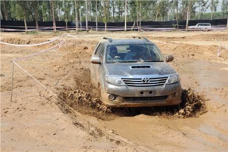 2012 Fortuner Boot Camp Delhi image gallery
