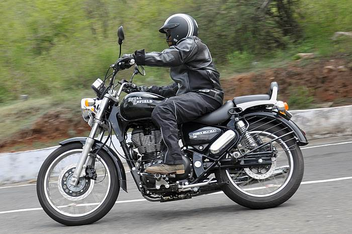 Royal Enfield Thunderbird 500 photos