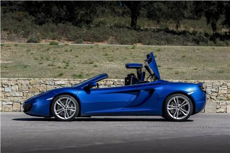 McLaren MP4-12C Spider photo gallery
