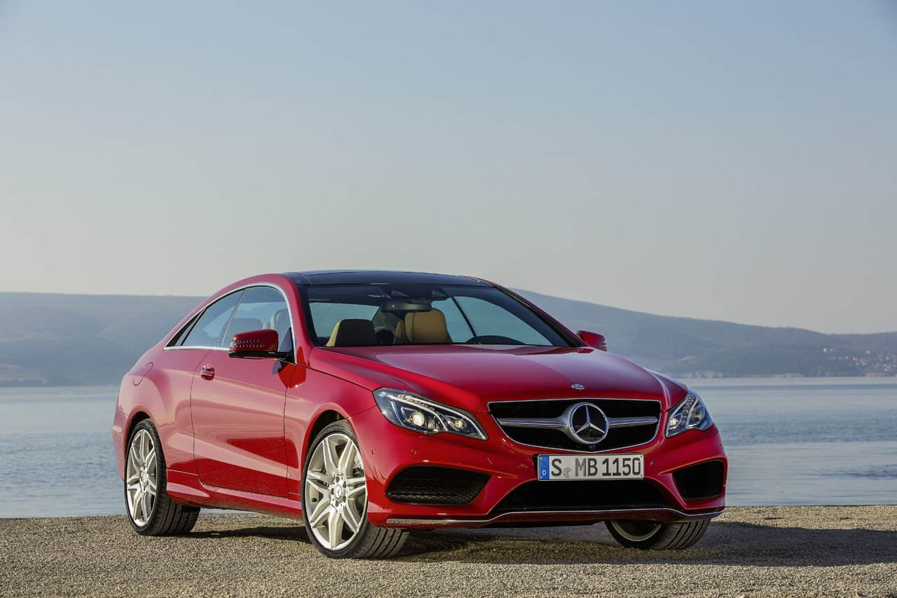 Mercedes E-Class coupe and cabriolet photo gallery
