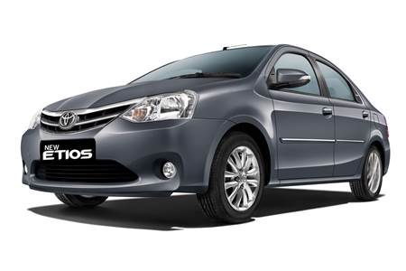 2013 Toyota Etios and Liva photo gallery
