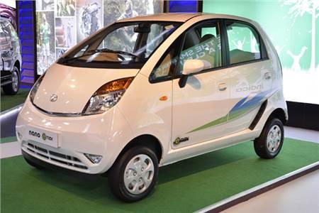 New Tata Nano CNG photo gallery