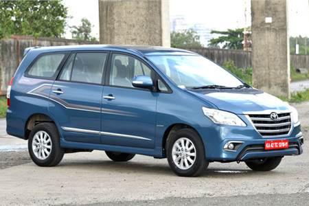 Toyota Innova facelift photo gallery