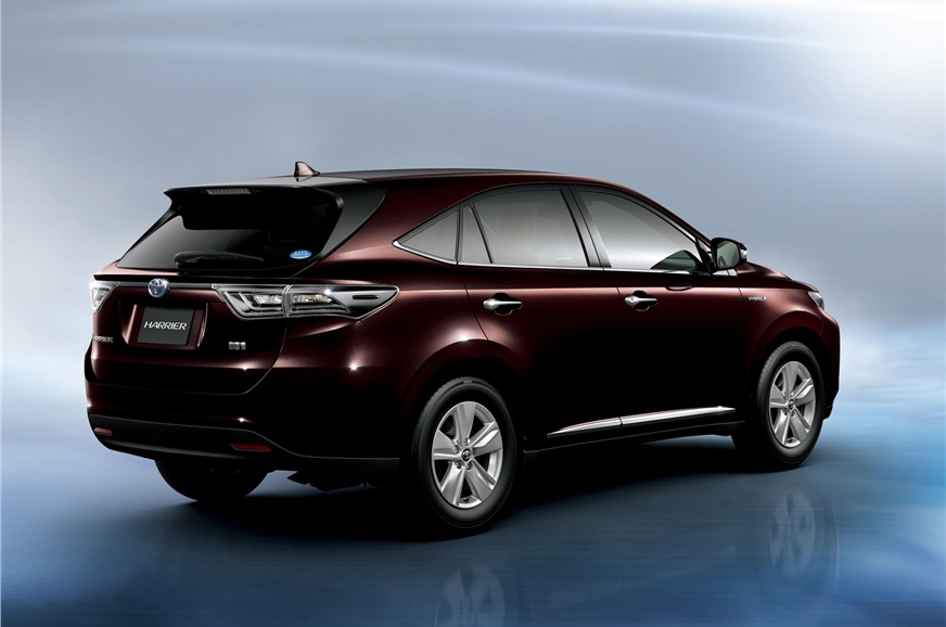 image d une toyota harriere new toyota harrier suv photo gallery autocar india
