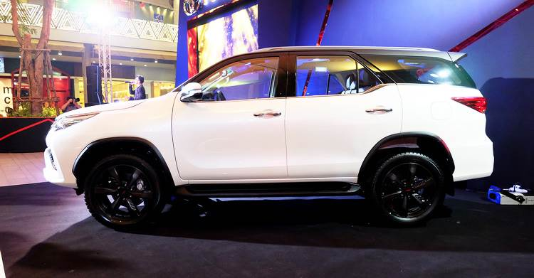 New 2017 Toyota Fortuner Trd Sportivo Image Gallery Autocar India