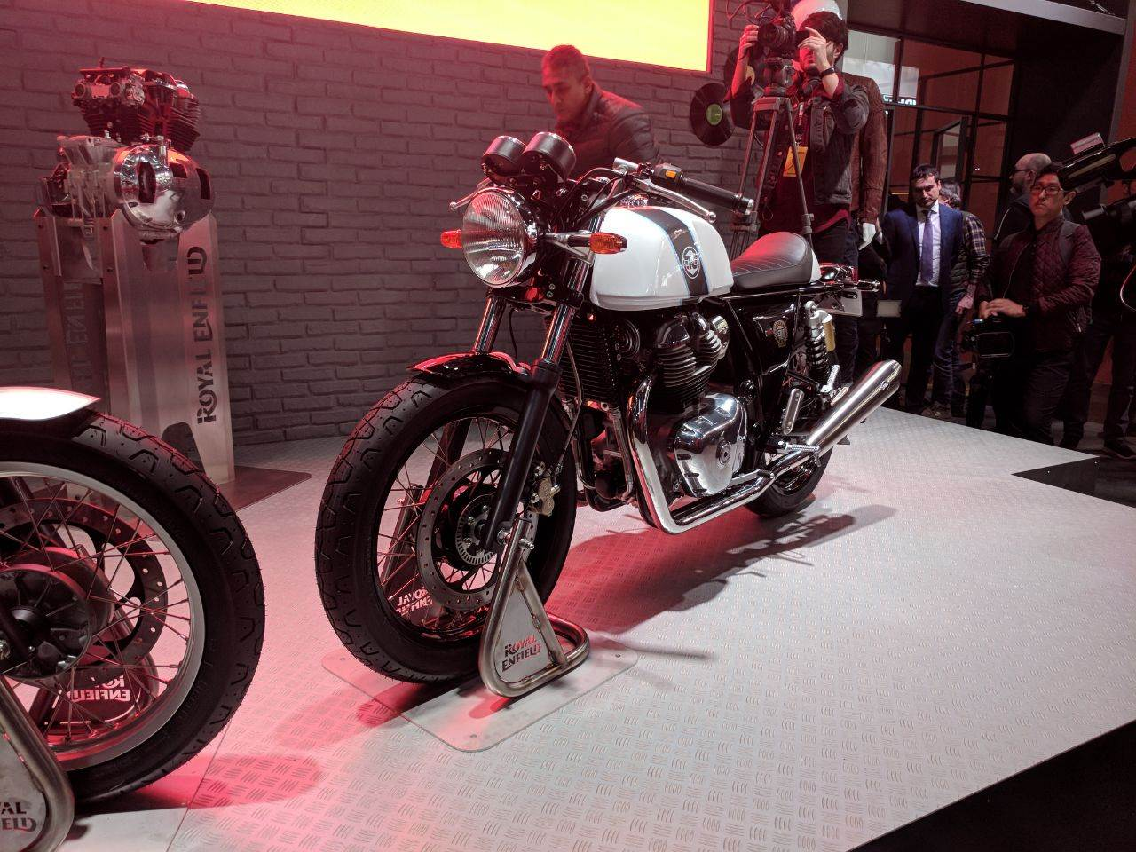 2017 Royal Enfield Interceptor, Continental GT Twin image gallery