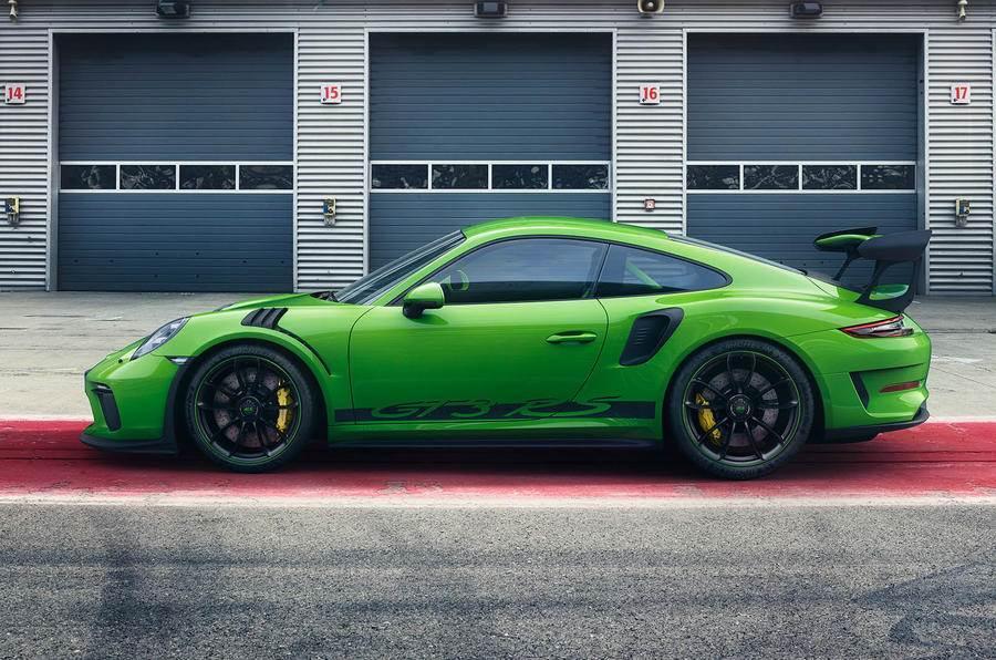2018 Porsche 911 GT3 RS image gallery
