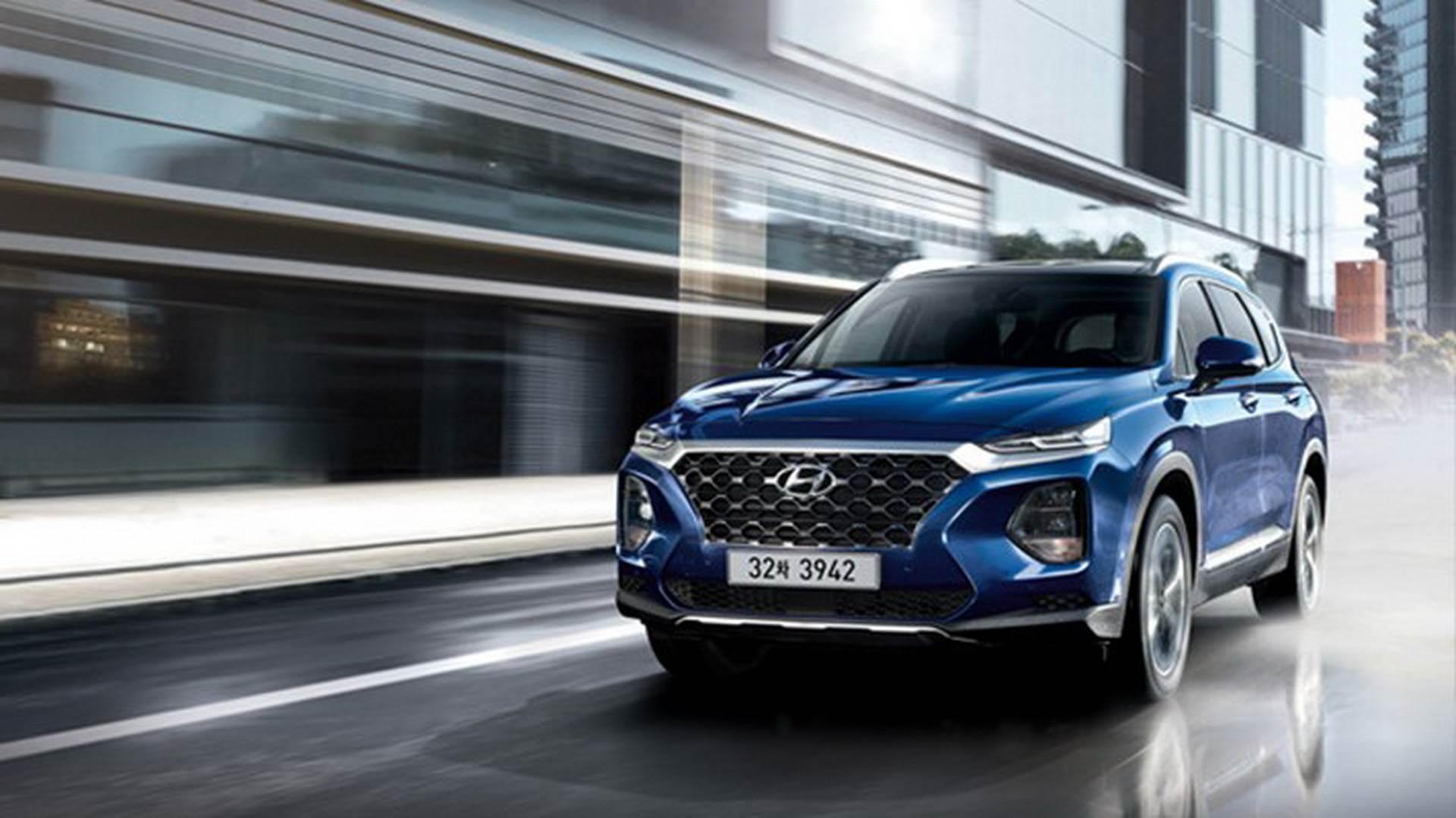 2018 Hyundai Santa Fe image gallery