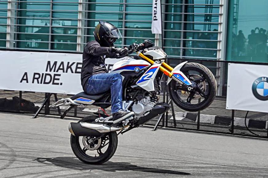 2018 BMW G 310 R India image gallery