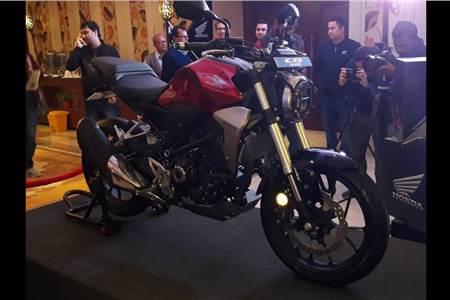 2019 Honda CB300R image gallery
