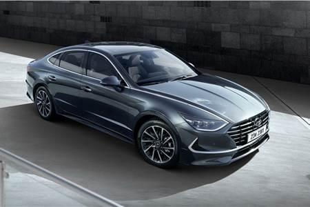 2020 Hyundai Sonata image gallery