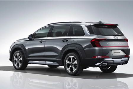 Hyundai Santa Fe (LWB) image gallery